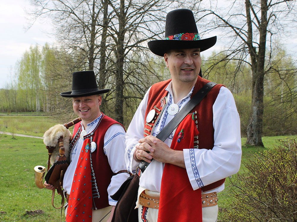 two men in the traditional Slavic clothes
